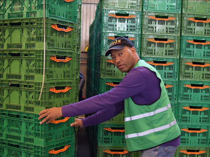 Enter the world of the Food Bank