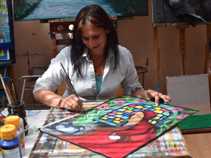 Meet the artists of Via Kunst