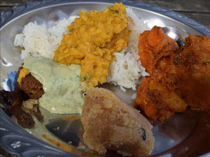 An Ayurvedic lunch in the Audarya Dhaam